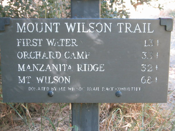 sign to mount wilson